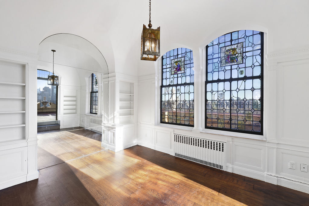 Update save on two hearst penthouses in new york for Central park penthouses for sale