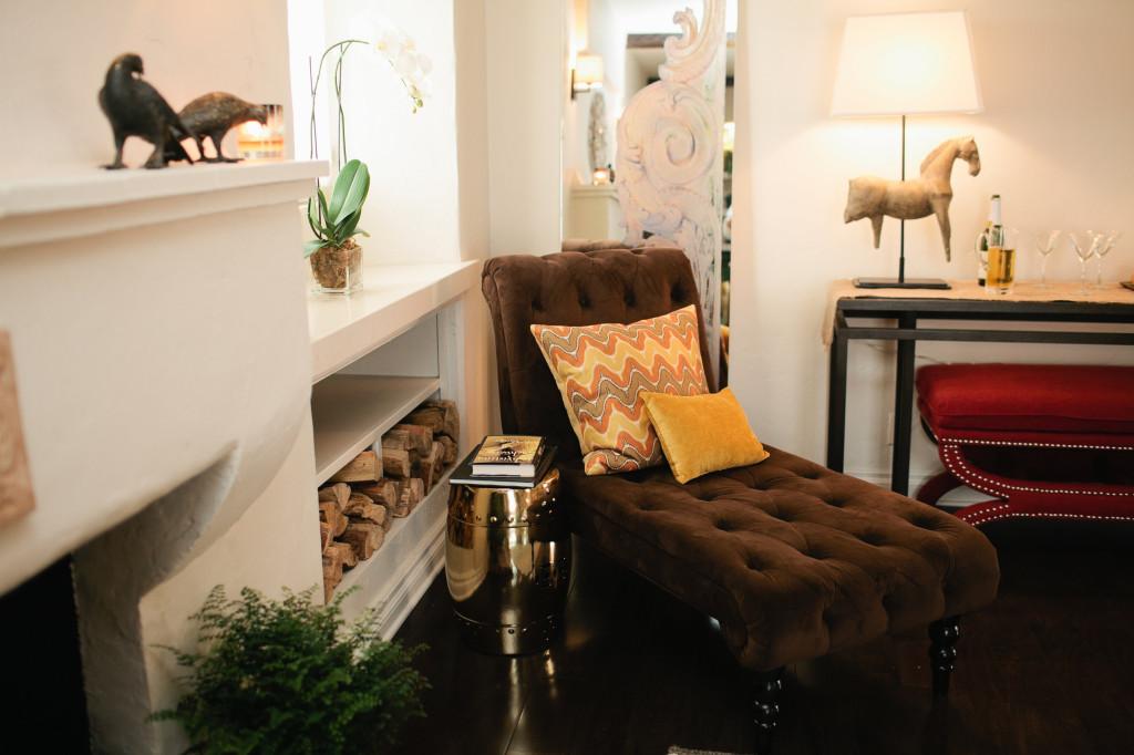 Team Blue's living room design gets rave reviews.