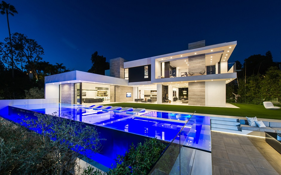 10 Stunning Modern Mansions For Sale In La Zillow Porchlight