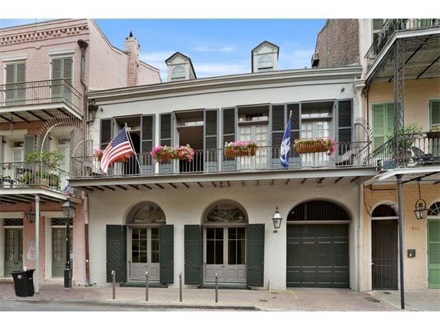 Brad and Angelina's New Orleans home3