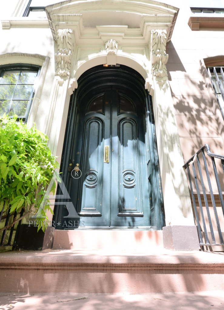UPDATE: Breakfast at Tiffany's Brownstone Sells for $7.4 ...
