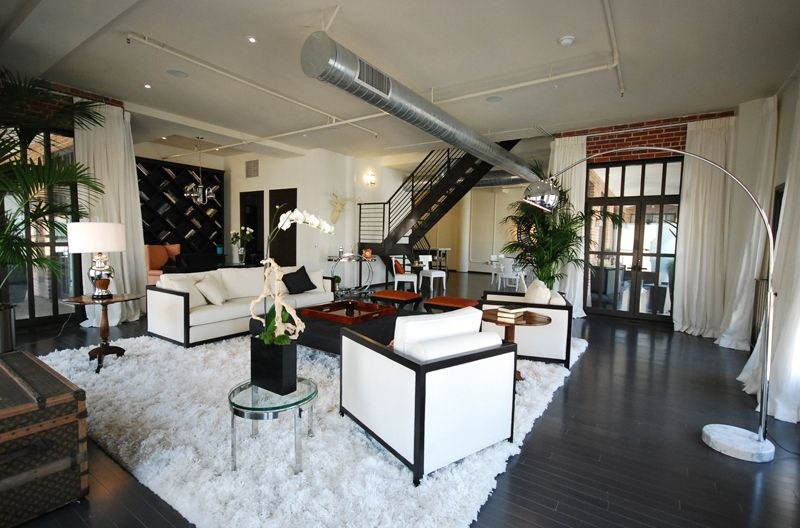 Charlize Theron Sells La Loft At 1m Loss Zillow Porchlight