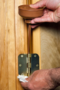 How To Fix Squeaky Doors And Floors Zillow Porchlight