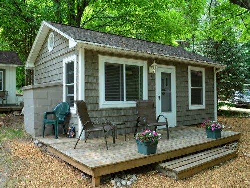 Tiny territory homes under 400 square feet zillow for 400 sq ft home