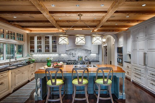 Entertaining kitchen
