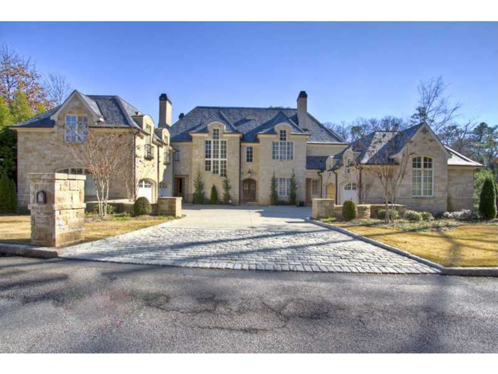 Bank now selling allen iverson 39 s foreclosed home in for Dream homes in atlanta