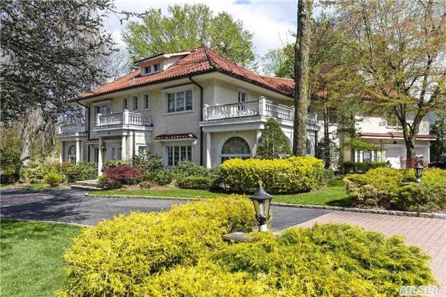F Scott Fitzgerald 39 S Party House Lists For 3 9m Zillow