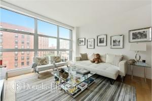 Gigi Hadid living room