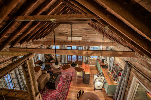 Grand Oaks loft