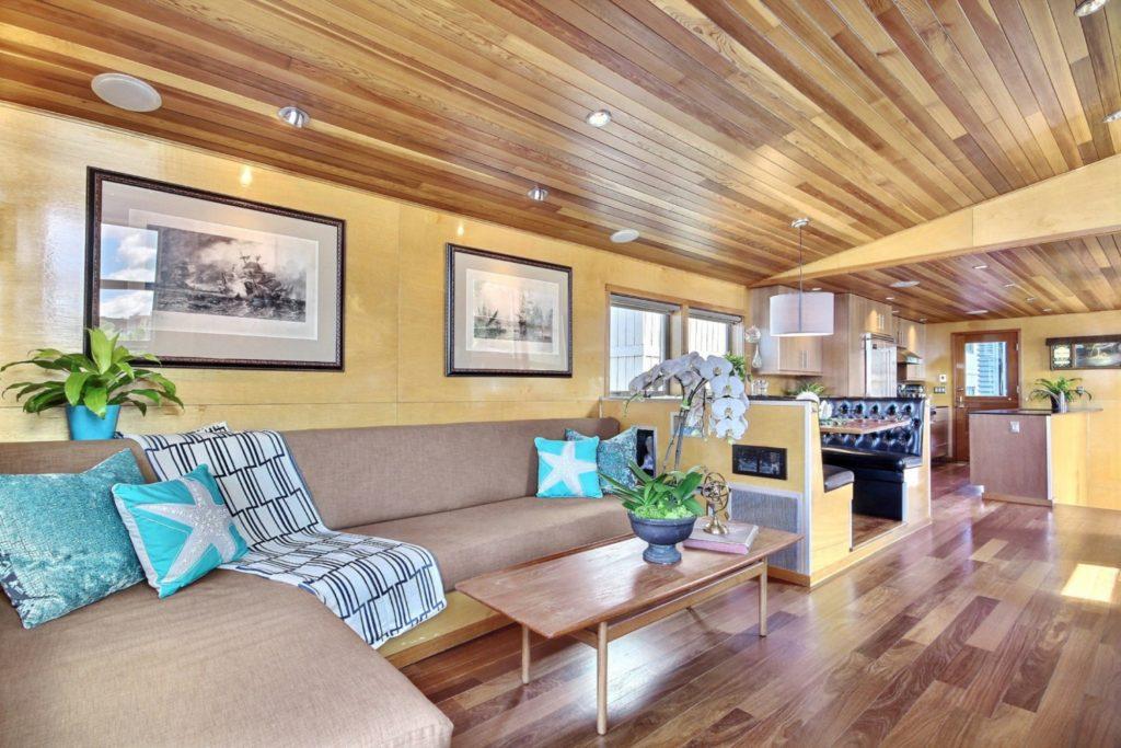 Houseboat8