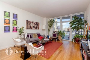 Isabella Rosellini's living room