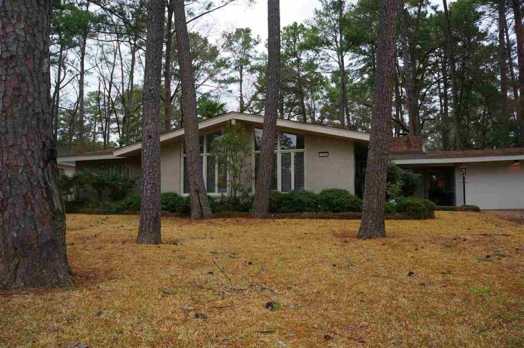 10 Mid Century Modern Listings Just In Time For 39 Mad Men