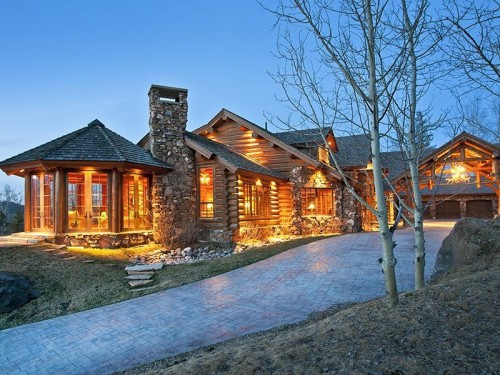 Recipe for summer log cabins with a contemporary twist for Large luxury log homes