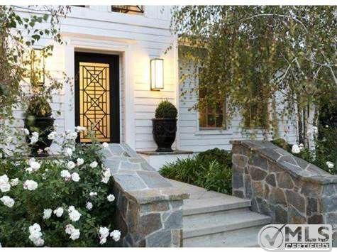 Kourtney Kardashian Lists Boldly Decorated Home For Million Zillow Porchlight