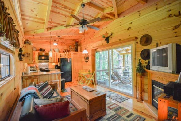 Tiny homes under 400 square feet zillow porchlight for 100 square feet bedroom interior