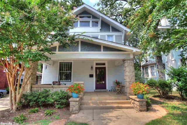 10 homes you can buy for 325 000 zillow porchlight for Home builders in arkansas