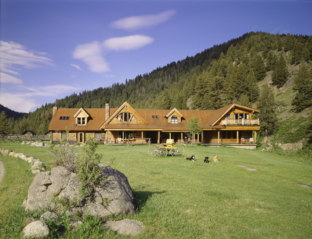 Price cut carole king 39 s eco friendly idaho ranch zillow for Homes to ranches
