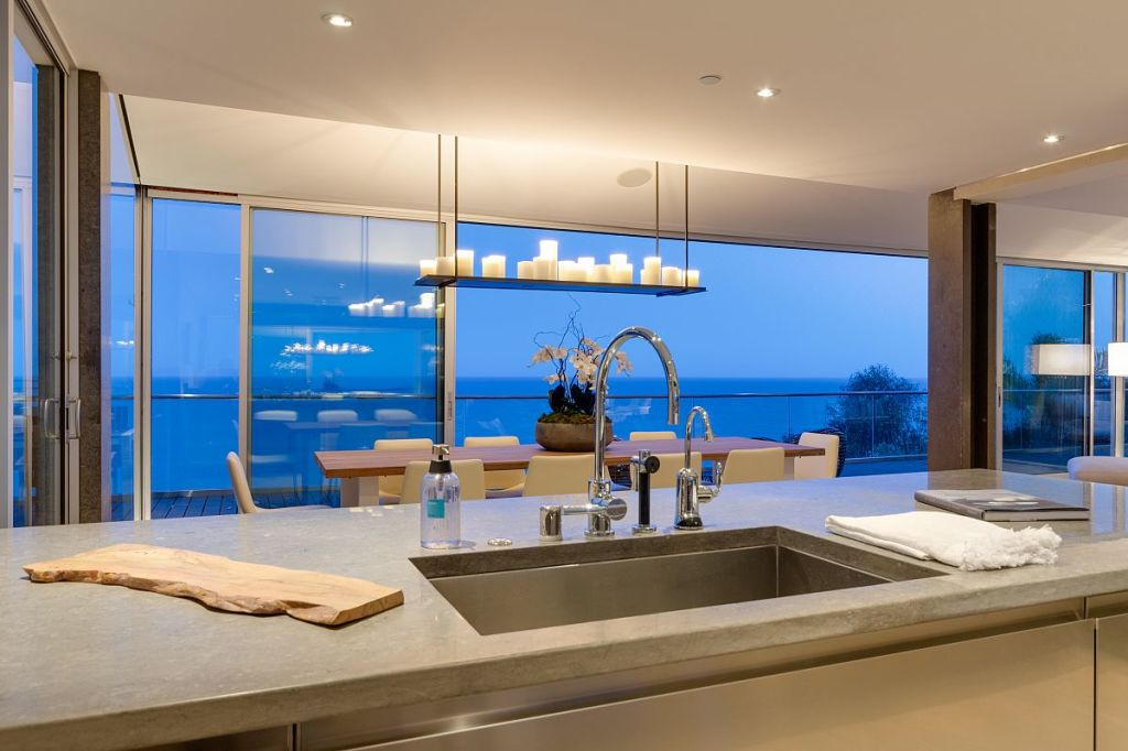 Update matthew perry gets for malibu beach house zillow porchlight Kitchen design center virginia beach