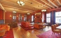 Peter Jackson's apartment living romo