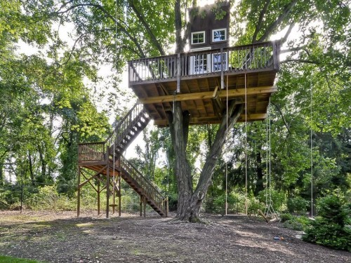 Homes where you 39 ll feel like a kid again zillow porchlight for Building a house in nj