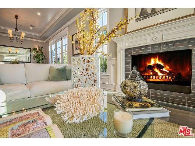 Rebel Wilson's fireplace