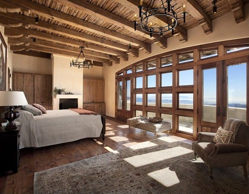 Trend 10 most romantic bedrooms zillow porchlight for Best looking bedrooms