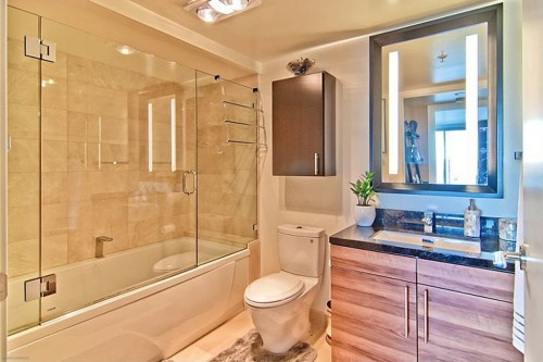 "The listing for this San Francisco home for sale notes the Toto toilets, which have been called ""the Sub-Zero of the bathroom."""