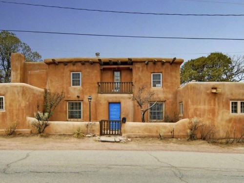 saddle up with these southwestern homes