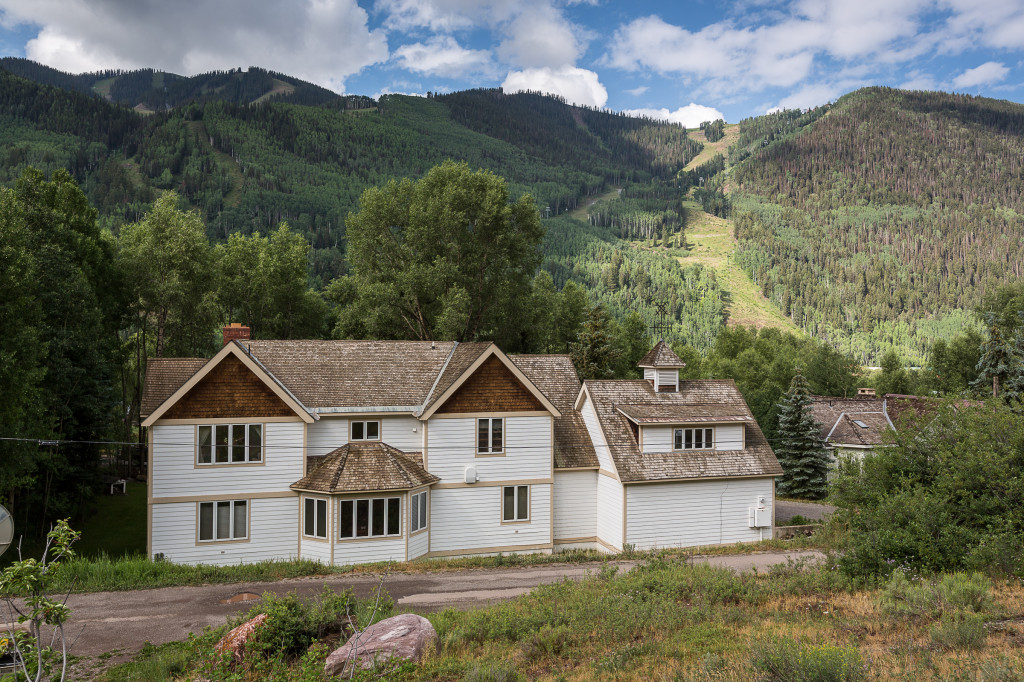 Celebrity Homes in Colorado | COListings