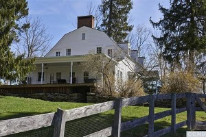 Timothy Hutton's home