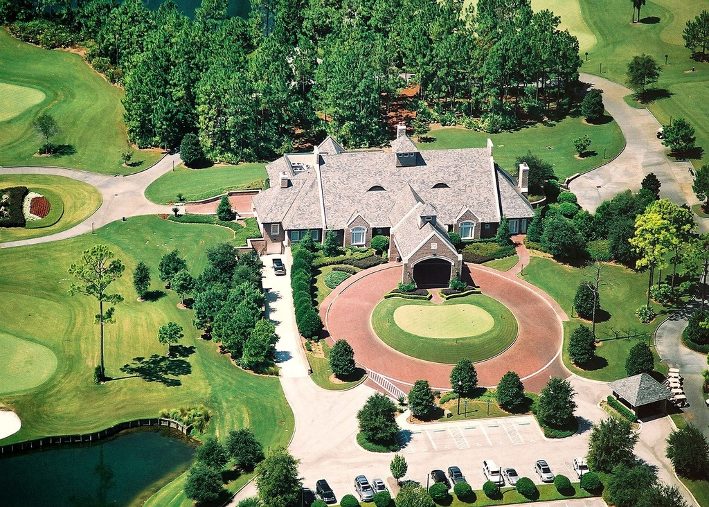Tim tebow buys golf estate in florida zillow porchlight for At home pics