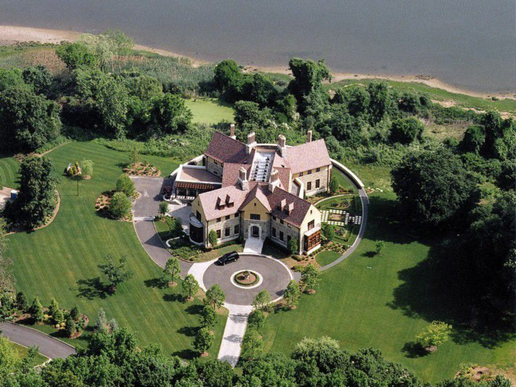 House Of The Week X Shaped Mansion Zillow Porchlight