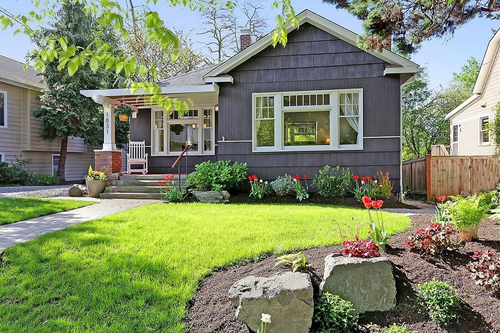 4 diy tips for boosting curb appeal zillow porchlight Diy home design ideas pictures landscaping
