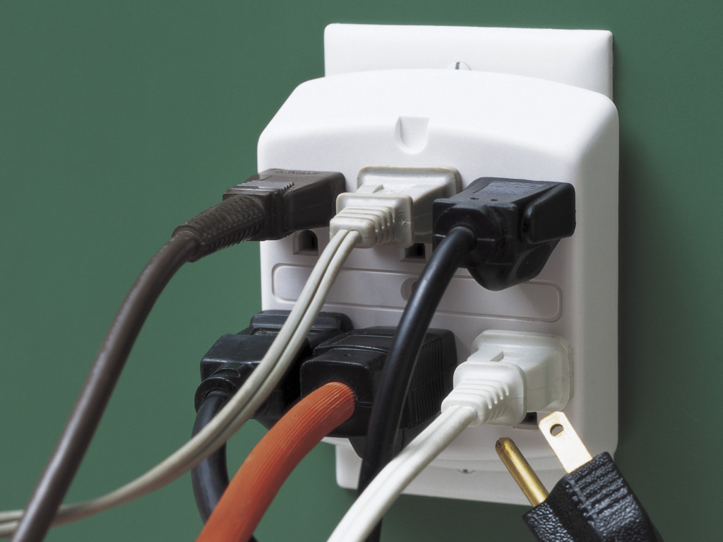 how to avoid electrical hazards