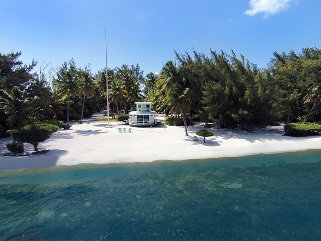 house of the week beached florida keys houseboat zillow