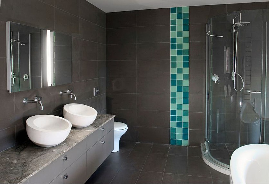 shower pushes this very modern bathroom into the higher price bracket