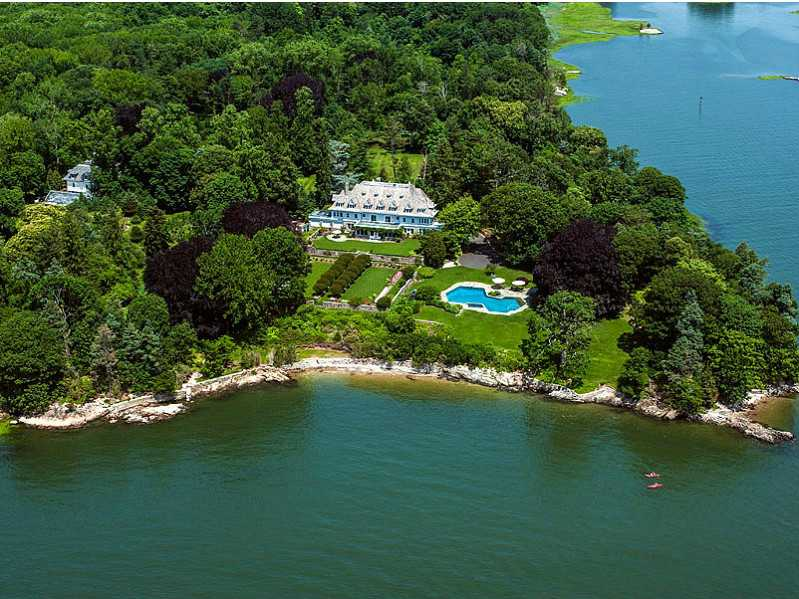 10 most expensive homes on the market zillow porchlight for Most expensive house in us