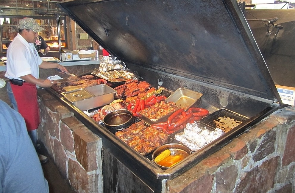 Hard Eight BBQ. Photo Source: Angela Christopher of Rude Mommy Blog