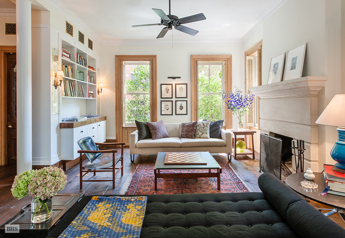 Update michelle williams sold waterfall town house for for Living room brooklyn