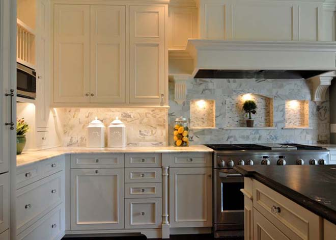 traditional-kitchen-with-white-cabinets-carrara-marble-and-white-granite-i_g-ISxnoykyveiq2w0000000000-KlnYC