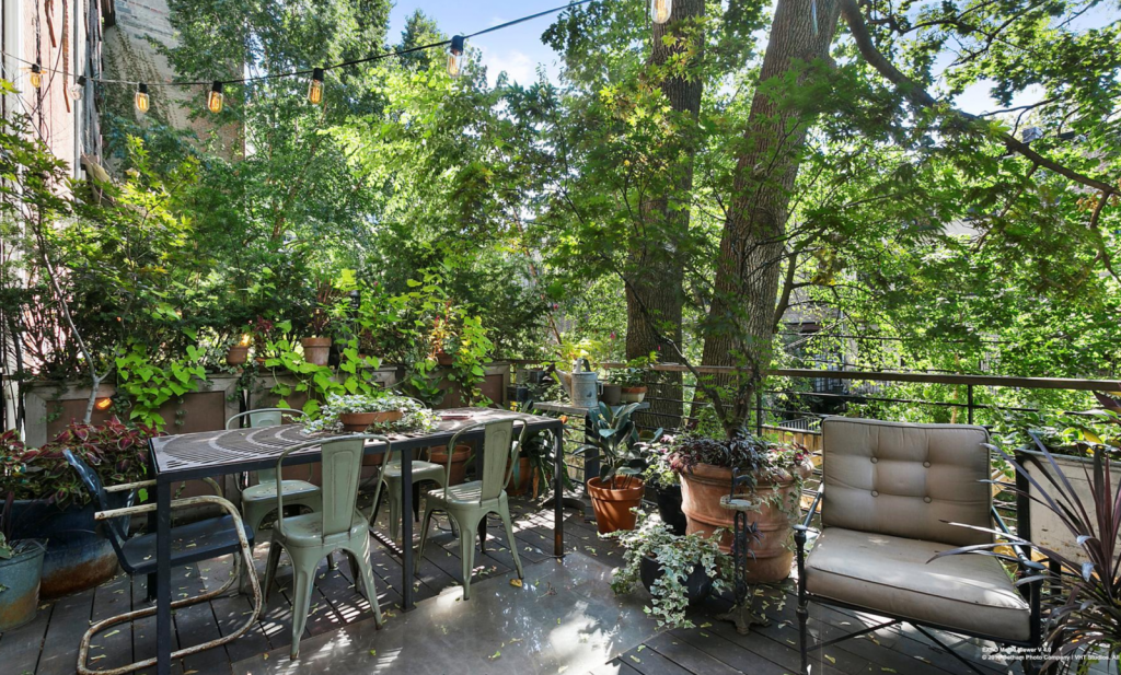 Brownstone outdoor space