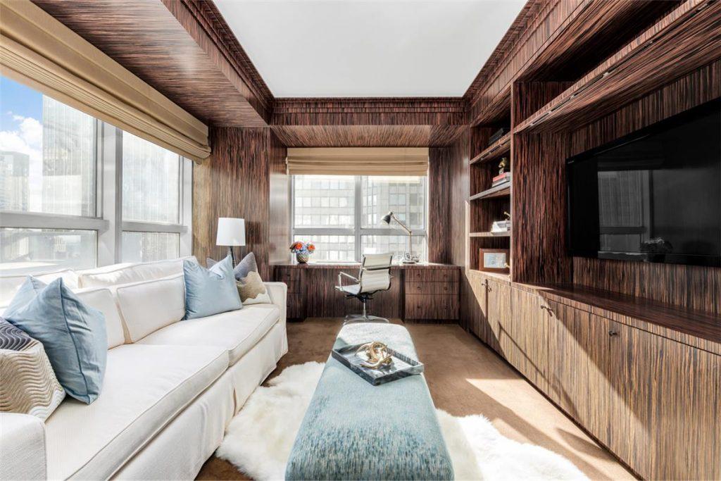 Some midtown real estate for victoria s secret model adriana lima
